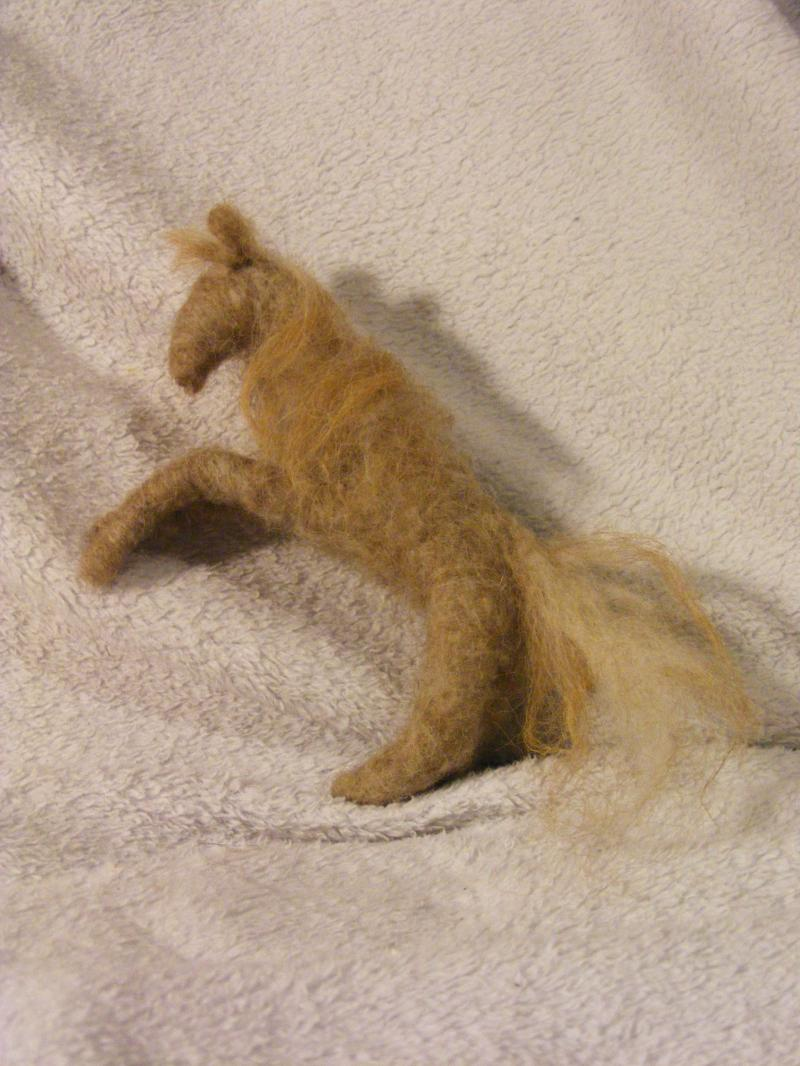 felted horse statue gift